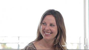 Тетти дью корти участвует в групповухе со сладкой парочкой и испытывает удовольствие от порно